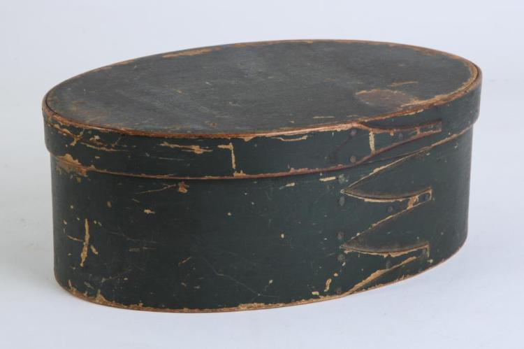 (19th c) GREEN-PAINTED OVAL SHAKER PANTRY BOX