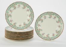(12) ROYAL DOULTON LUNCHEON PLATES