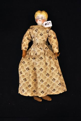 "17"" Blonde China shoulder head doll with cloth body"