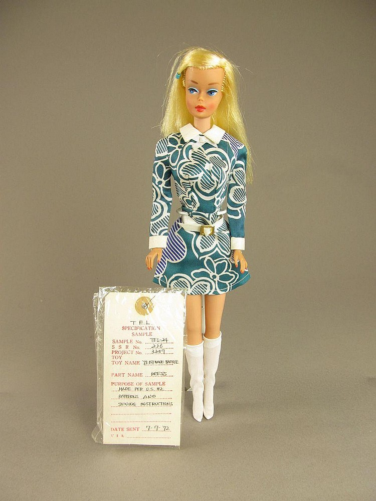 COLOR MAGIC BARBIE WITH SAMPLE MATTEL DRESS
