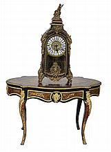 A SERPENTINE SHAPED BOULLE CENTRE TABLE, early