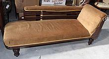 A LATE VICTORIAN WALNUT CHAISE LONGUE, with open