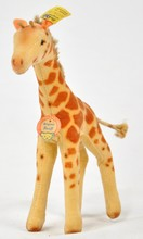 Steiff Giraffe Standing 6414.0