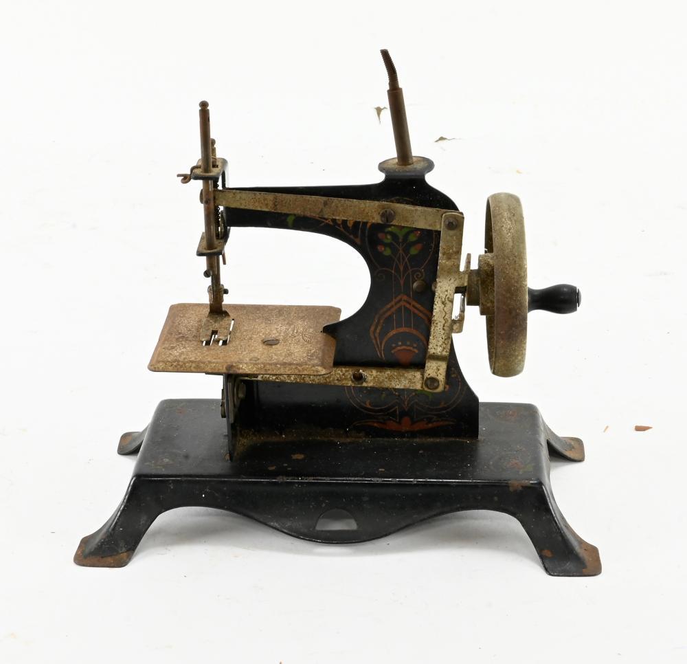 Antique Miniature Childs Sewing Machine