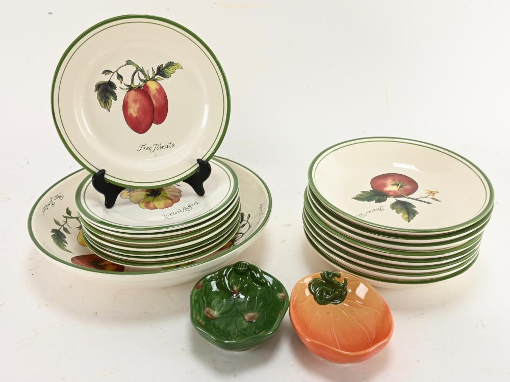 Williams Sonoma Heirloom Tomatoes Dinnerware