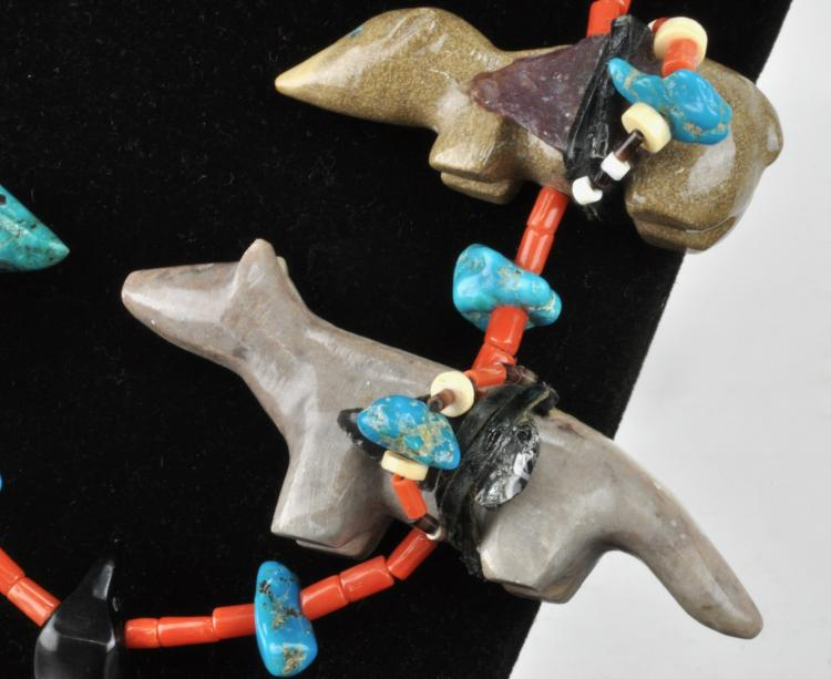 Lot 81: Vintage Southwest Jewelry Zuni Carved Large Fetish Necklace