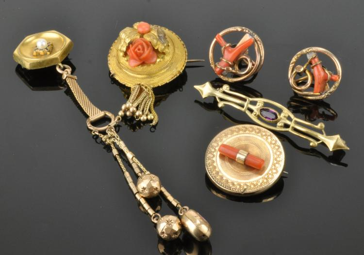 Lot 98: Victorian Coral Jewelry Collection