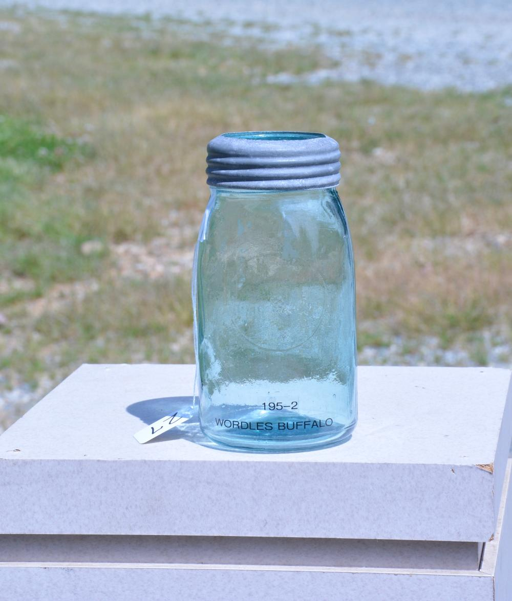 Antique Wordles Buffalo 195-2 Quart Fruit Jar