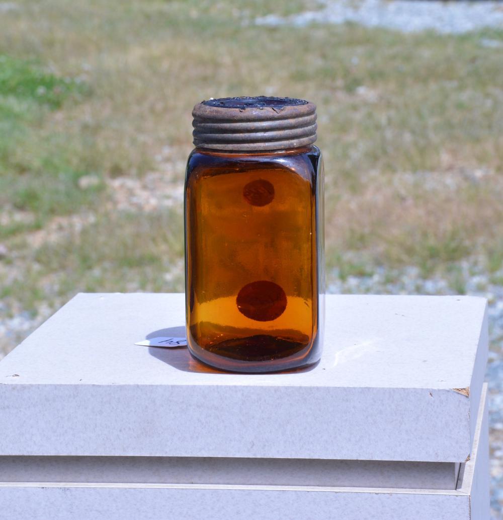 J. Elwood Lee Co. Conshohocken Pa. Amber Quart Jar