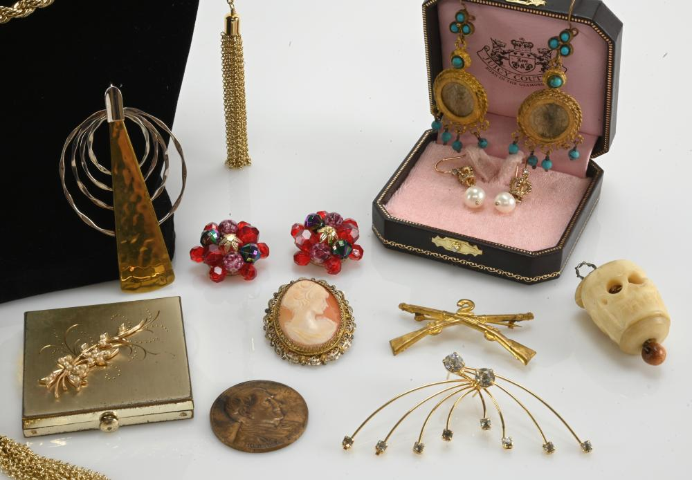 Vintage Estate Jewelry Group Lot