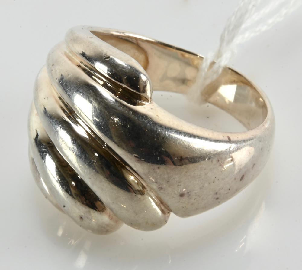 Vintage Thailand Designer Sterling Silver Ring