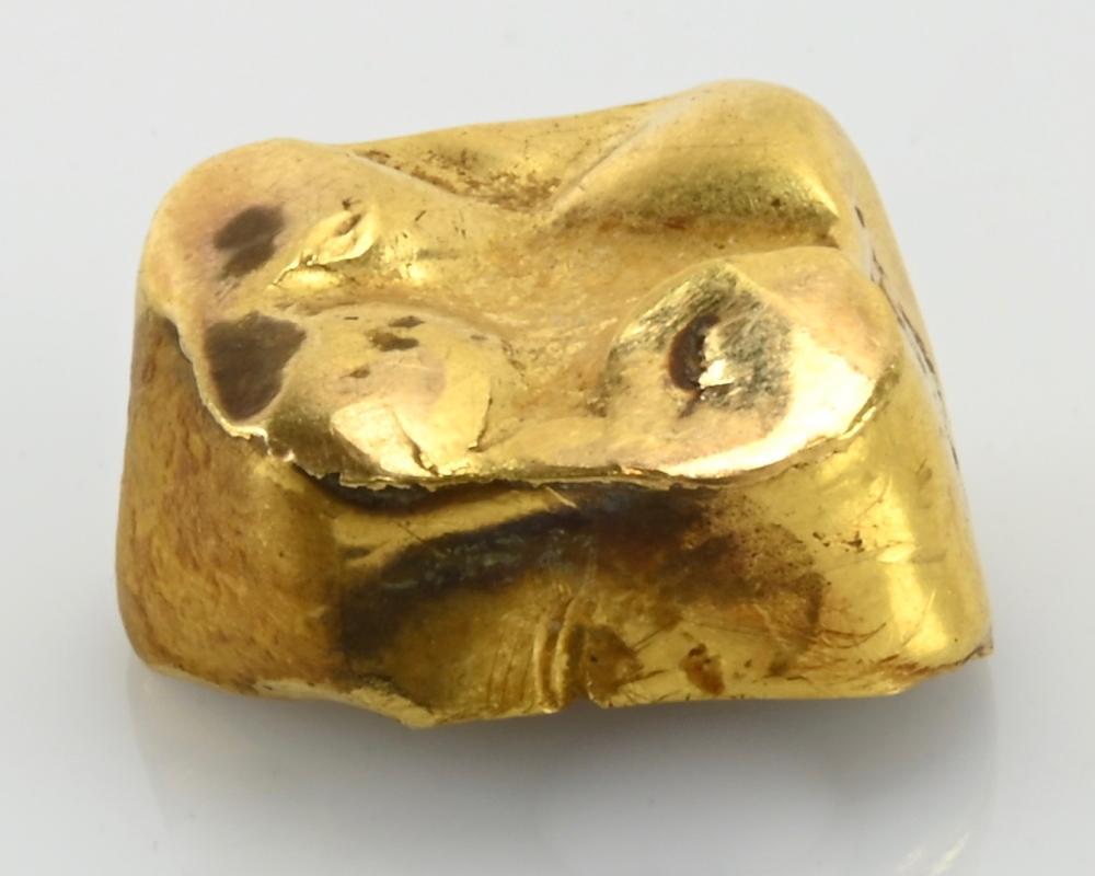 Antique Gold Tooth Cap