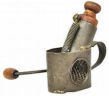Mechanical Nutmeg Grinder