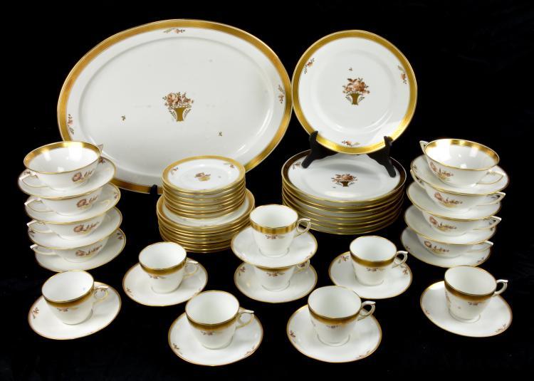 & Royal Copenhagen Golden Basket Dinnerware China Set