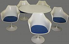 Eero Saarinen tulip design aluminum and fiberglass