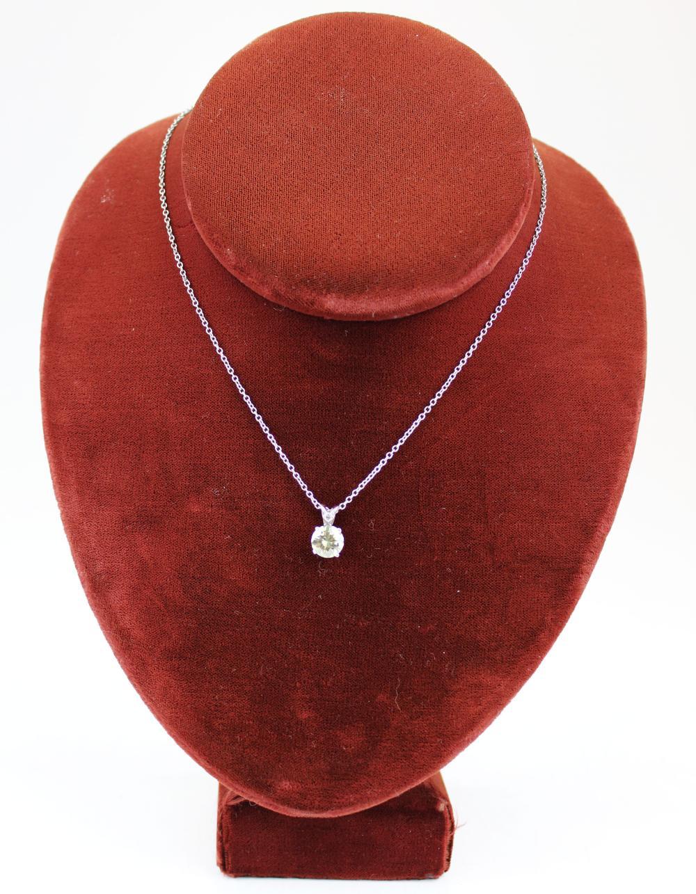 2.19 ct diamond pendant