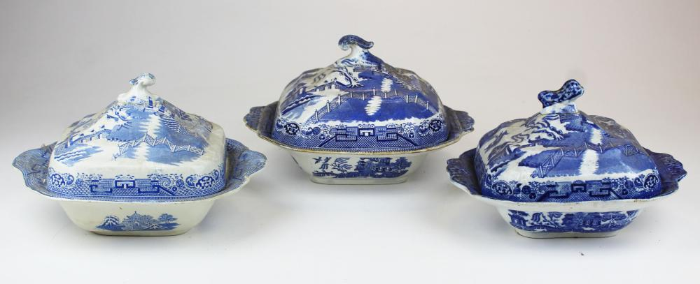 3 19th c. Blue Willow covered serving dishes