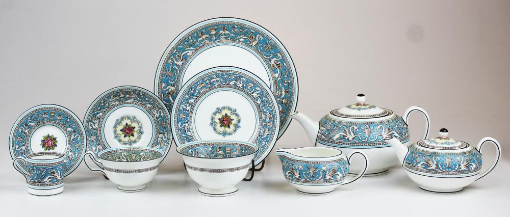 47 pcs. Wedgwood Florentine bone china porcelain
