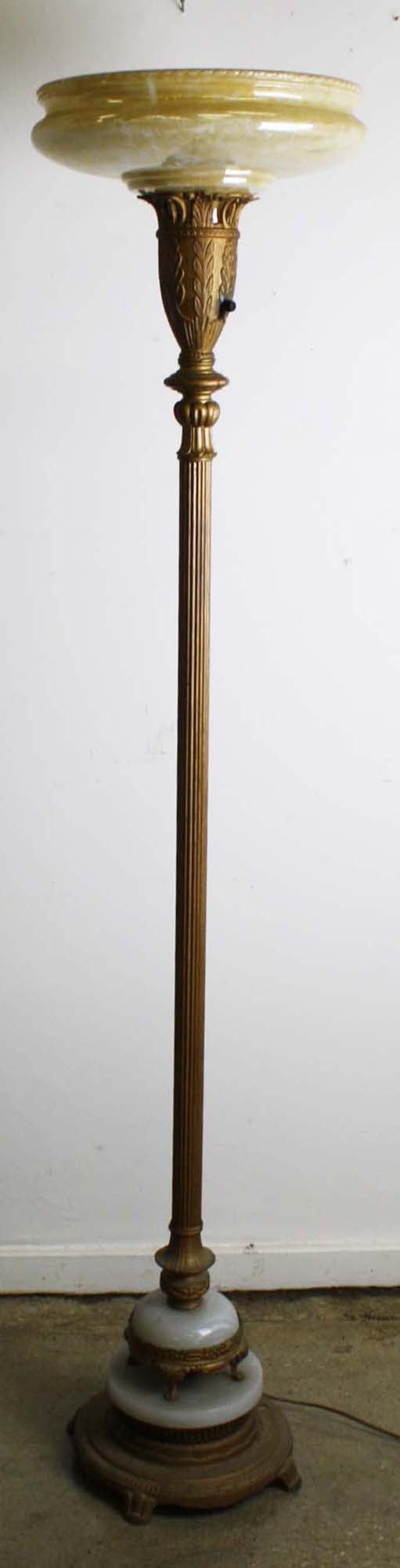 1920 S Onyx Base White Metal Floor Lamp