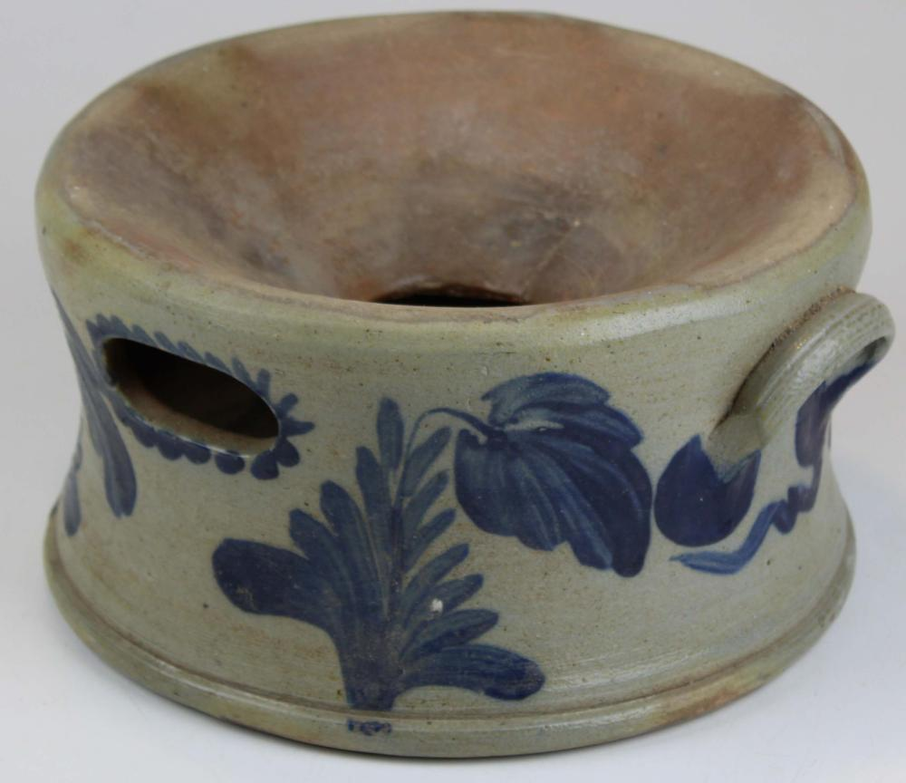 Blue decorated Stoneware Spittoon
