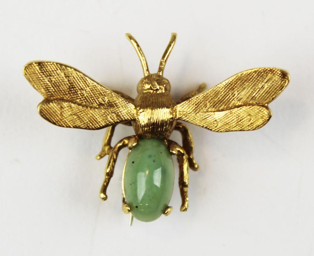 14k yellow gold and jade wasp pin