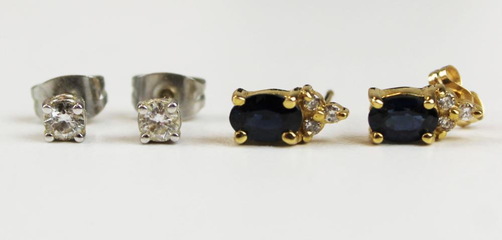2 Pair diamond stud earrings