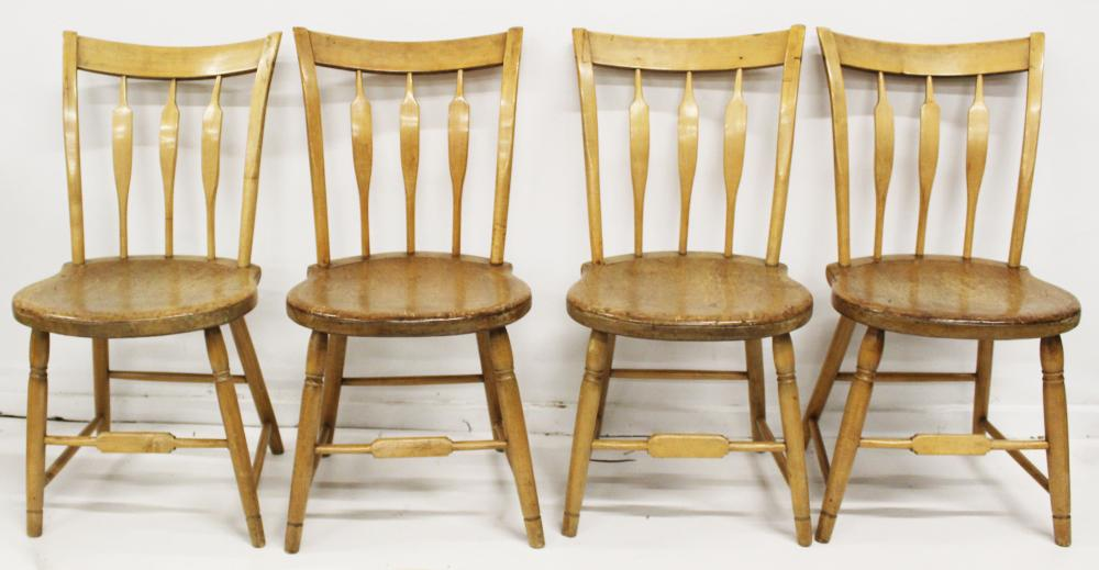 set of 4 Windsor arrow back side chairs