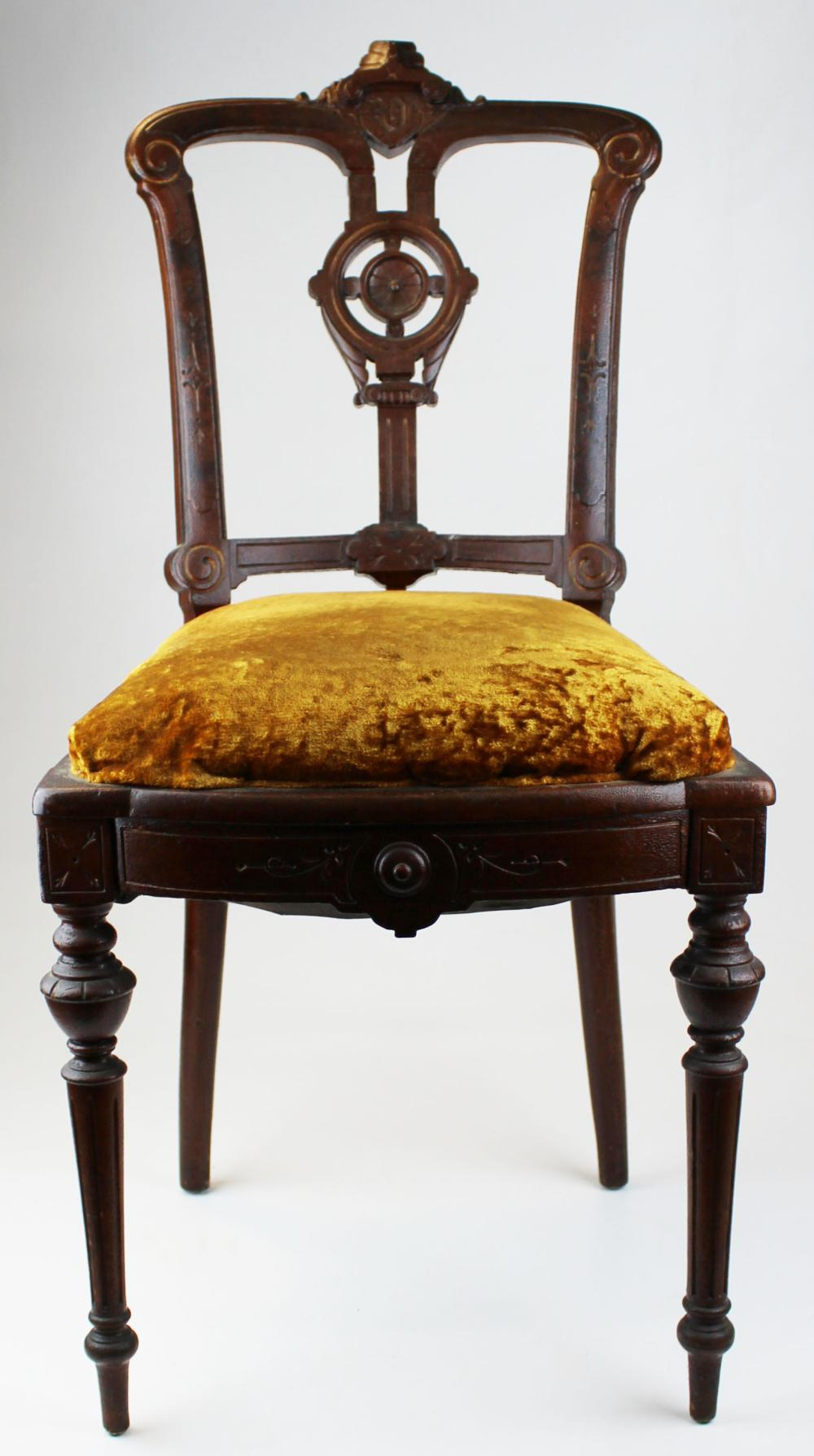 Victorian chair from the Steamer Vermont