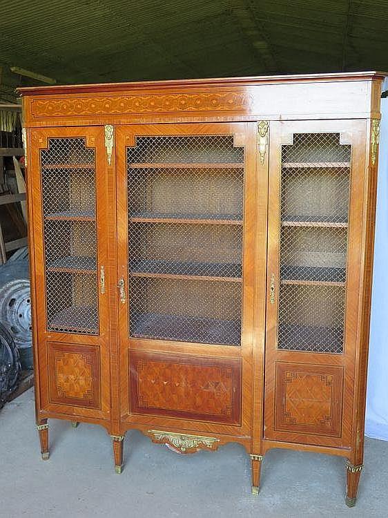Armoire de bureau en marqueterie de bois de placage ouvrant - Armoire bureau bois ...