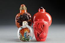 (4) Chinese Molded Snuff Bottles