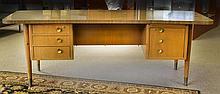 Despre Brothers Grand Rapids Michigan Desk