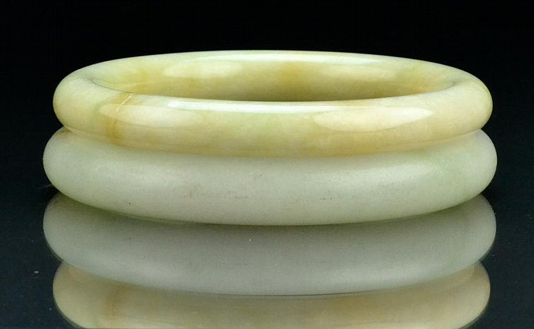 (2) Chinese Qing Jade Bangle Bracelets