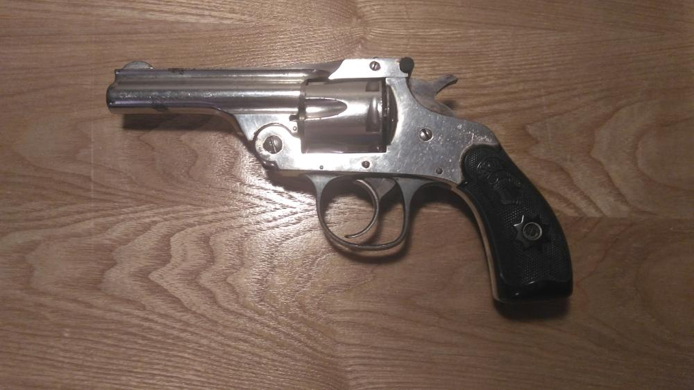Hopkins & Allen Forehand Model 1901, Antique, 32 S&W