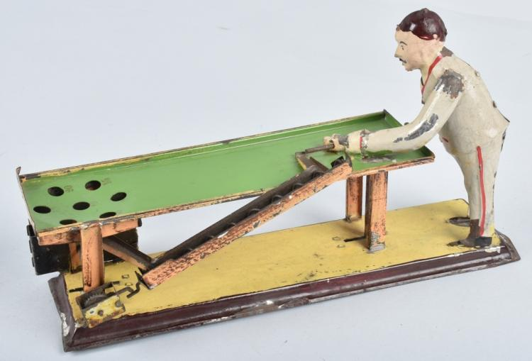 GUNTHERMAN  Painted Tin Windup BILLIARDS PLAYER