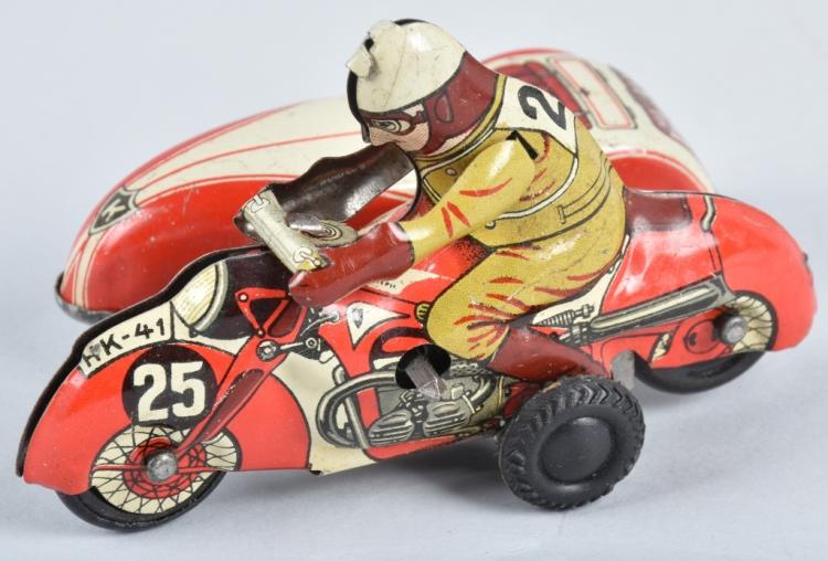 HUKI Tin Windup MOTORCYCLE w/ SIDECAR