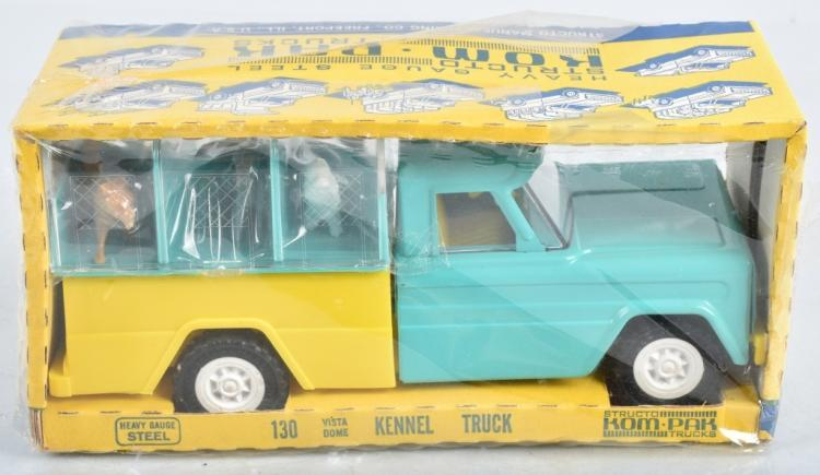 STRUCTO DOG KENNEL TRUCK MIB