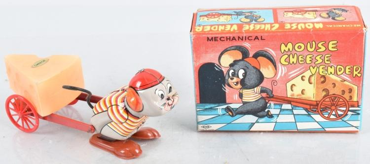 JAPAN Windup MOUSE CHEESE VENDOR w/ BOX