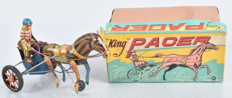 JAPAN Tin Windup KING PACER w/ BOX