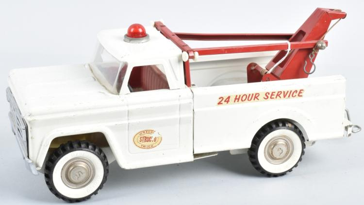 STRUCTO Pressed Steel TOW TRUCK