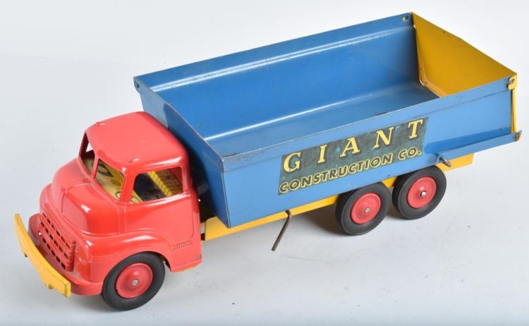 WYANDOTTE GIANT CONSTRUCTION CO. DUMP TRUCK
