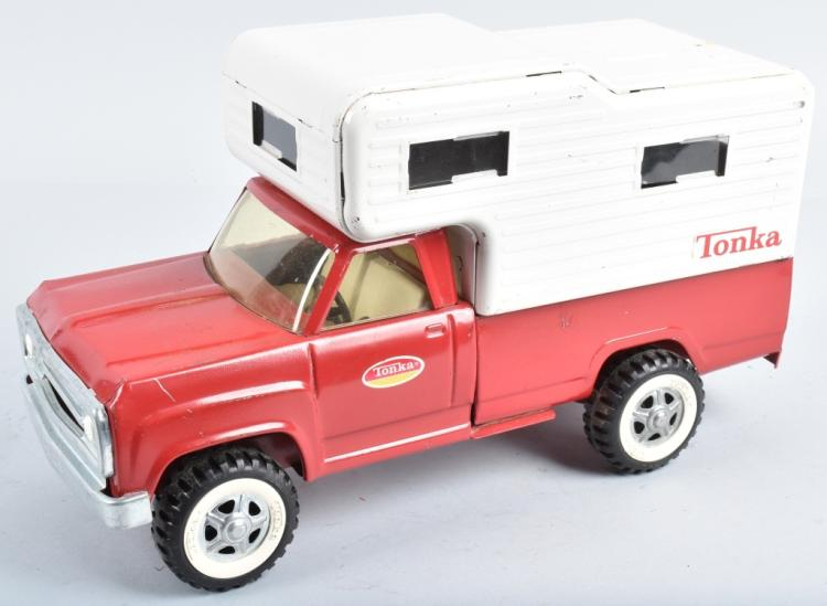 TONKA PICKUP TRUCK WITH CAMPER TOP