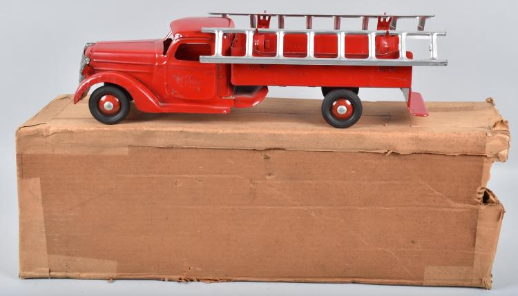 30s BUDDY L INTERNATIONAL FIRE TRUCK MIB