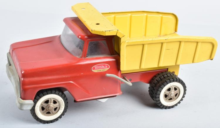 TONKA Pressed Steed DUMP TRUCK