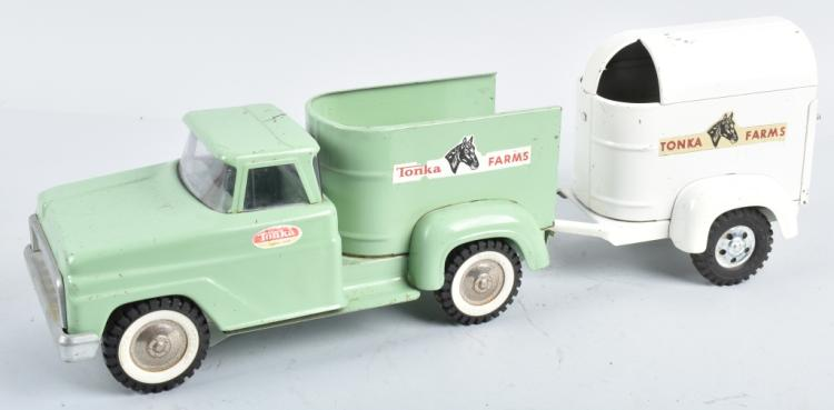 TONKA FARMS PICKUP TRUCK & HORSE TRAILER