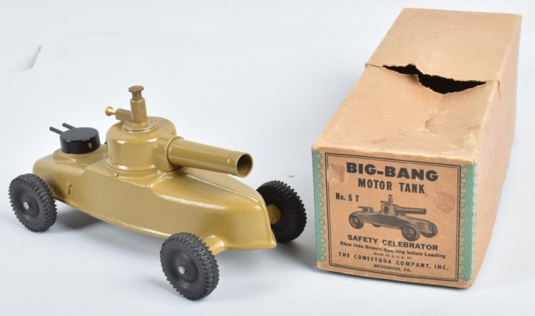 BIG BANG MOTOR TANK w/ BOX