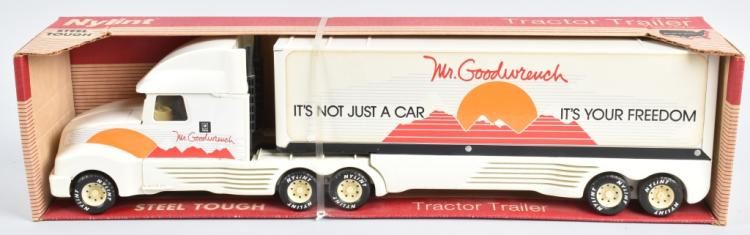 NYLINT MR GOODWRENCH TRACTOR TRAILER MIB