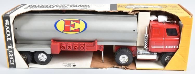ERTL INTERNATIONAL TRANSTAR TRUCK & TANKER MIB