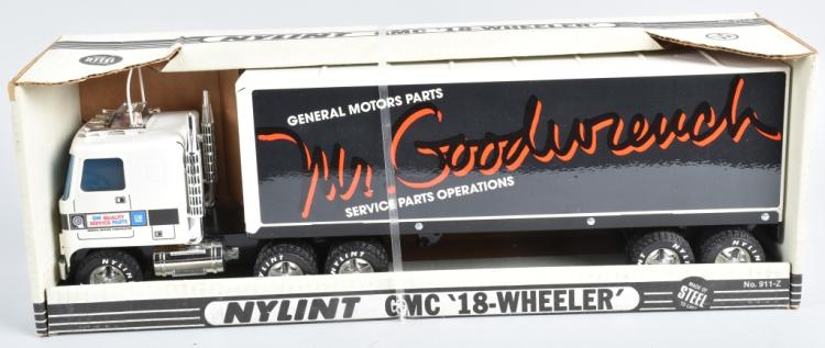 NYLINT MR GOODWRENCH GMC 18-WHEELER MIB