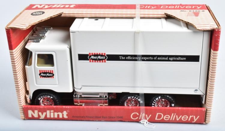 NYLINT MOOR MAN'S CITY DELIVERY TRUCK MIB