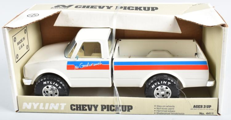 NYLINT MR GOODWRENCH CHEVY PICKUP MIB